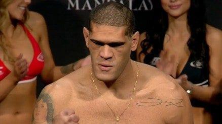 """Antonio """"Bigfoot"""" Silva inför UFC Fight Night 33: """"Vi söker båda knockouten under hela matchen"""""""