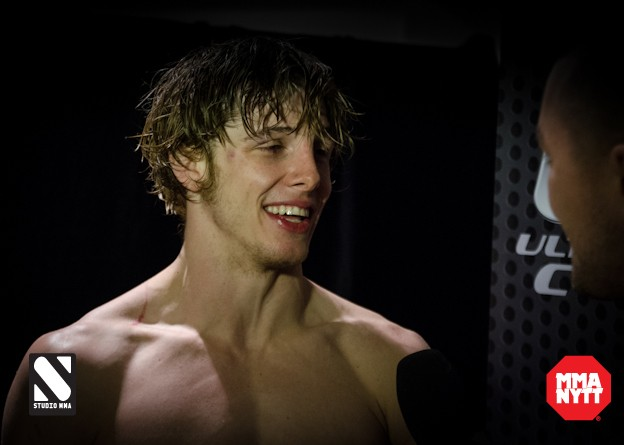 matt riddle 3 UFC on Fuel 7 London 2013 MMAnytt Studiomma postfight mma mmasweden svenskmma