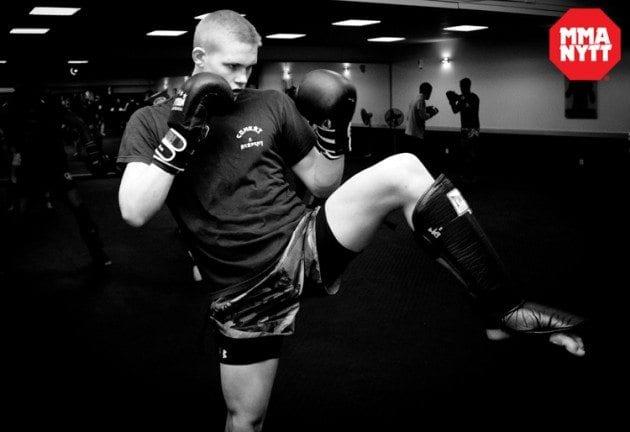 """IRFA 10-aktuella Oliver Enkamp känner att UFC-kontraktet är nära: """"Min stil är unik"""""""