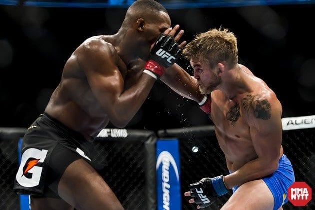 Video: UFC Breakdown: On The Mat – Alexander Gustafsson vs. Jan Blachowicz