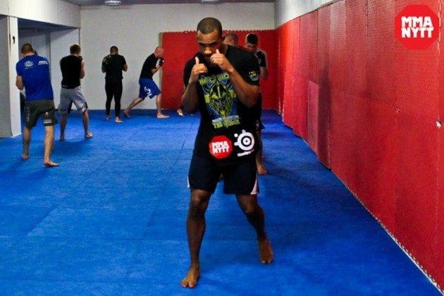 Nico Musoke besegrar Alessio Sakara via submission på UFC Fight Night 30