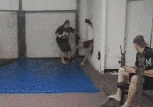 GIF: En träningsolycka