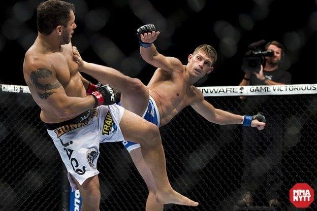 D4AMMAnytt Stephen Thompson UFC 165_6319