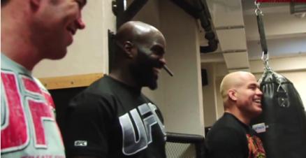 UFC Stjärnorna Tito Ortiz, Jake Shields och Cheick Kongo undervisar svenska tjejer i MMA