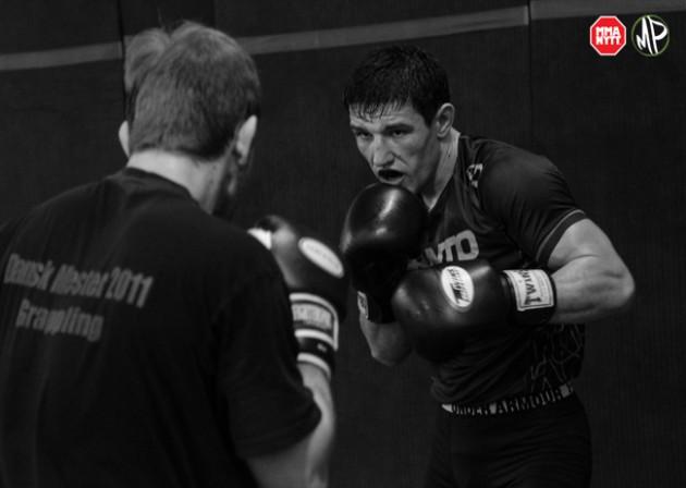 Danske Damir Hadzovic har skrivit på för UFC – möter Mairbek Taisumov på UFN 86
