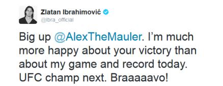 Zlatan Ibrahimovic gratulerar Alexander Gustafsson till vinsten