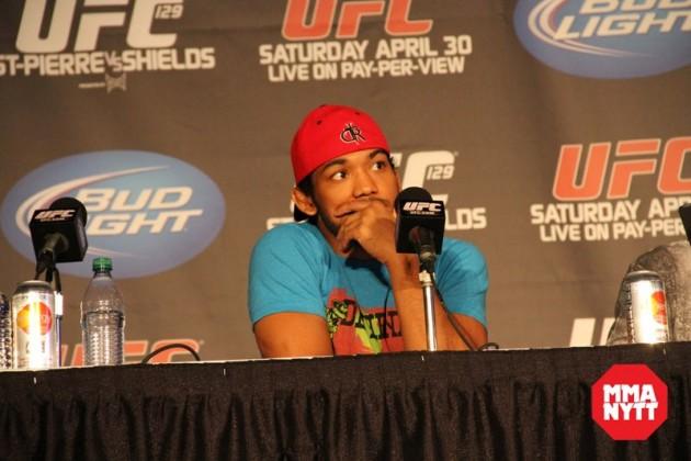 Invägningsresultat och video inför UFC Fight Night 49: Henderson vs dos Anjos