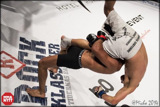 Craig_Derbyshire_vs_Bilal_Musa_ Superior_Challenge_X_Helsingborg_20140502_MMAnytt_foto_Micha013
