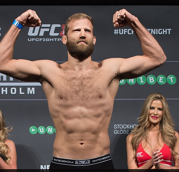 UFC_Fight_Night_53_Tor_Troeng_Micha_Forssberg