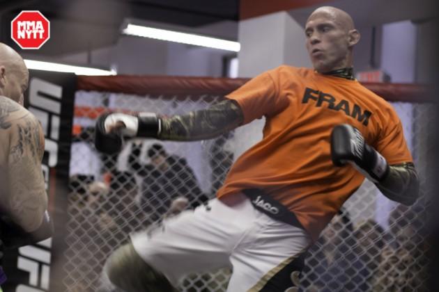 """Donald """"Cowboy"""" Cerrone villig att ersätta mot Conor McGregor på UFC 196"""