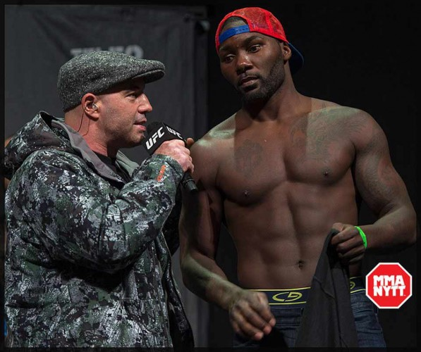 UFC 191: Anthony Johnson knockar Jimi Manuwa brutalt