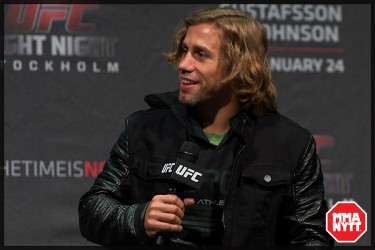 UFC_on_Fox_14_Stockholm_Hovet_weigh_in_Urijah_Faber_ Nick_Hein_Travis_Browne_Luke_Barnatt_Jan_Blachowicz_Micha_Forssberg_04