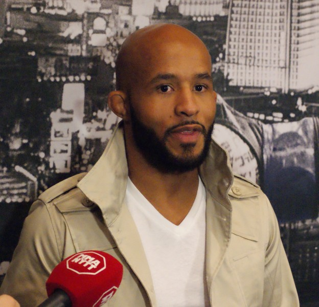 Demetrious Johnson UFC 183