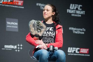 UFC Fight Night Krakow  Joanna Jedrzejczyk Gonzaga vs crocop weighin MMAnytt Mazdak Cavian-12