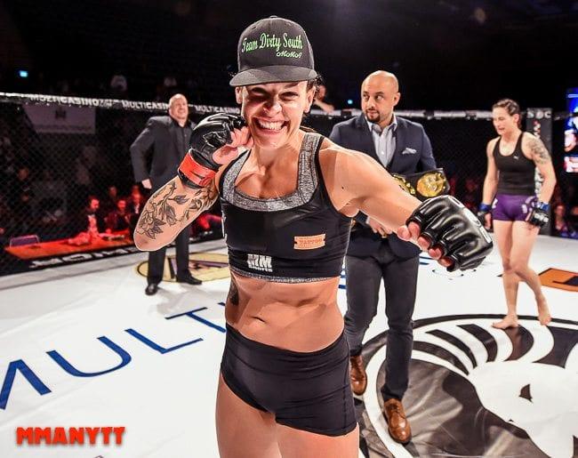 Superior challenge 12 Lina Akhtar Länsberg vs Alexandra Buch malmö baltiska hallen mmanytt mixed martial arts mma fight foto alex wayne 2015-47