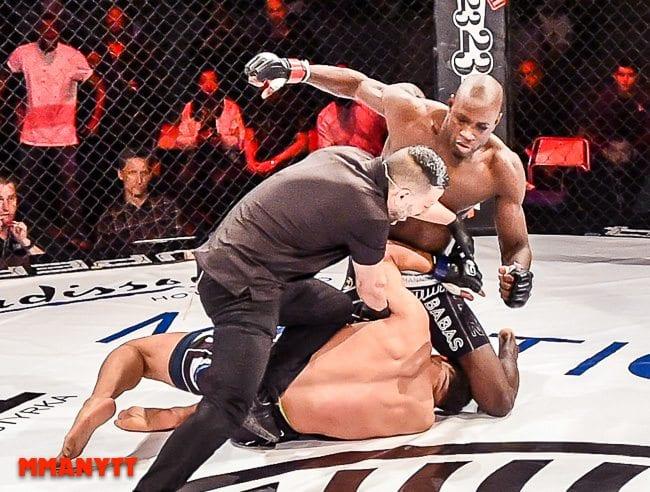 Superior challenge 12 Sadibou Sy vs Carl Booth malmö baltiska hallen mmanytt mixed martial arts mma fight foto alex wayne 2015-10