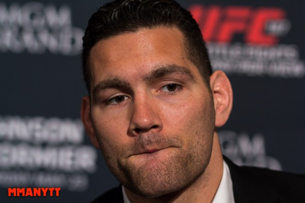 Chris Weidman kritisk till Michael Bisping vs. Georges St-Pierre