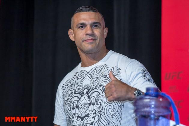 UFC 204: Joe Rogan delar med sig av sina tankar om Belfort vs Mousasi