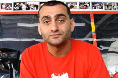 Video: Se Edmond Tarverdyan träna i ringen