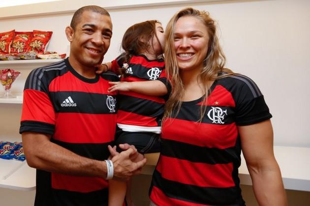 Bilder: Ronda Rousey och Jose Aldo på läktaren i Brasiliens världskända Maracana-arena
