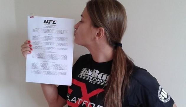 Obesegrade talangen Karolina Kowalkiewicz skriver på för UFC