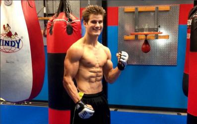 19-årige Sage Northcutt gör UFC-debut på hemmaplan