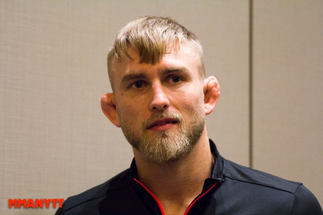 "Alexander Gustafsson till Carlos Condit: ""I know the feeling, been there, twice!"""