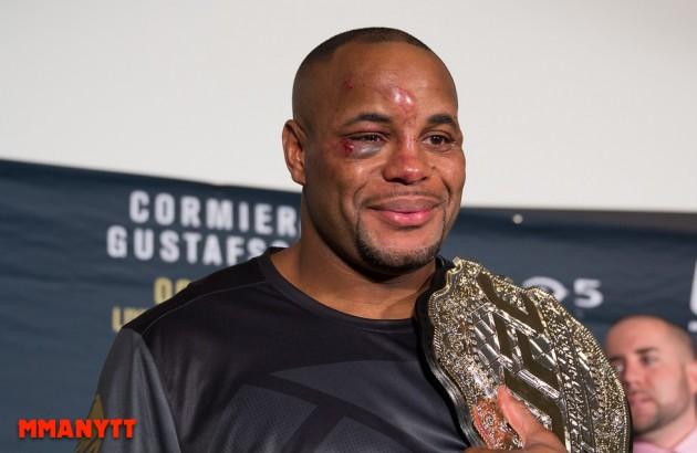 Medicinska avstängningar efter UFC 210 – Daniel Cormier får 45 dagar