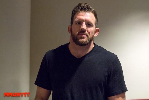 Ryan Bader har ögonen på Phil Davis och Bellators lätt tungviktsbälte