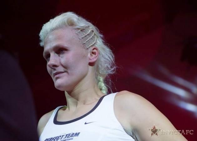 Cindy Dandois berättar om hur det kändes att bli av med sin huvudmatch mot Cyborg