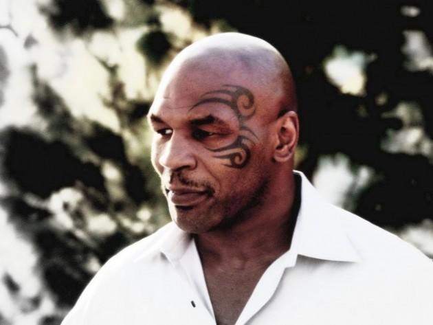 Mike Tyson nere för räkning – skadad efter olycka med hoverboard