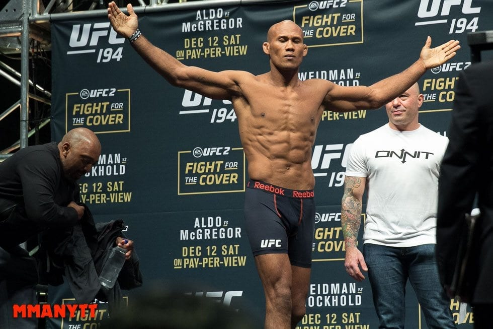 Ronaldo Jacare Souza UFC 194 Weigh In Las Vegas MMAnytt Photo Mazdak Cavian 2015-48