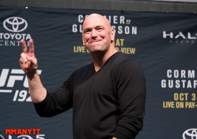 """Video: Dana White snackar """"Looking for a fight"""" och kommande UFC-matcher"""