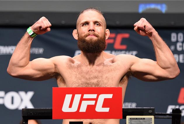 Två matcher på gång för UFC 208 – Nik Lentz ska ha skrivit på för match