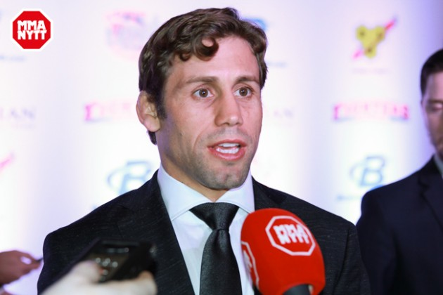 Video: MMAnytt möter Urijah Faber på 2016 World MMA Awards