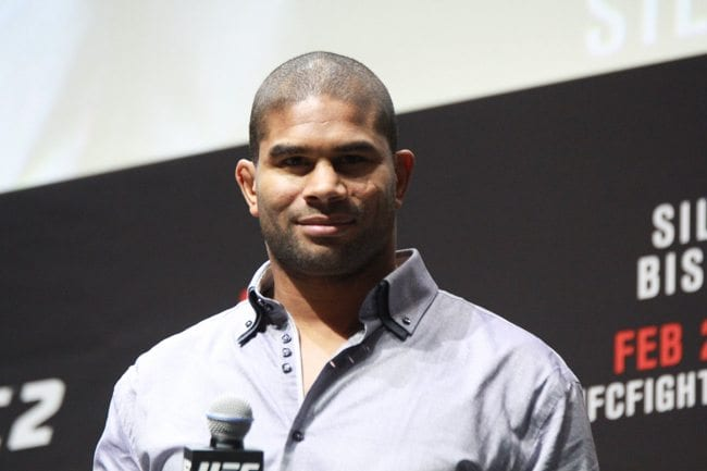 UFC FIGHT NIGHT 84 ALISTAIR OVEREEM WEIGH IN O2 LONDON 2016 PHOTO MAZDAK CAVIAN MEDIADAY FIGHT-22