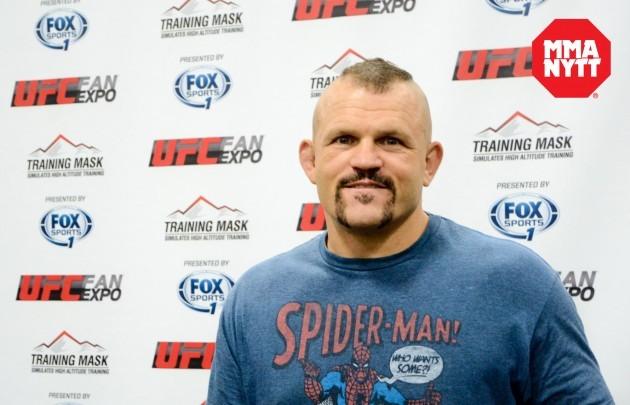 Chuck Liddell anser att Ronda Rousey gav upp