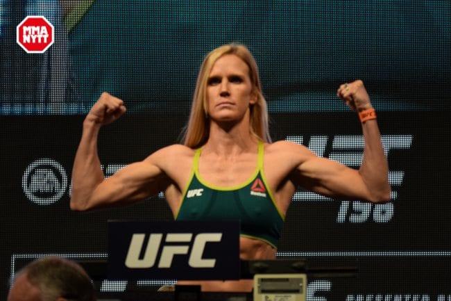 UFC 196 LAS VEGAS MGM WIEGH INS DPATINKIN 2016 HOLM