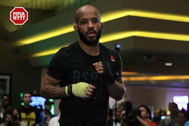 """Video: Media-scrum med Demetrious Johnson inför hans titelförsvar under UFC 197: """"I just show up to fight"""""""