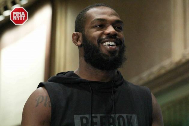 "UFC 197: Media-scrum Jon Jones angående hans comeback: ""I don't think I have demons inside me"""