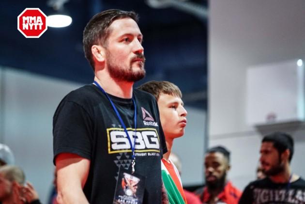 Tränaren John Kavanagh gästar The MMA Hour-studion: Sändningen börjar 19.00