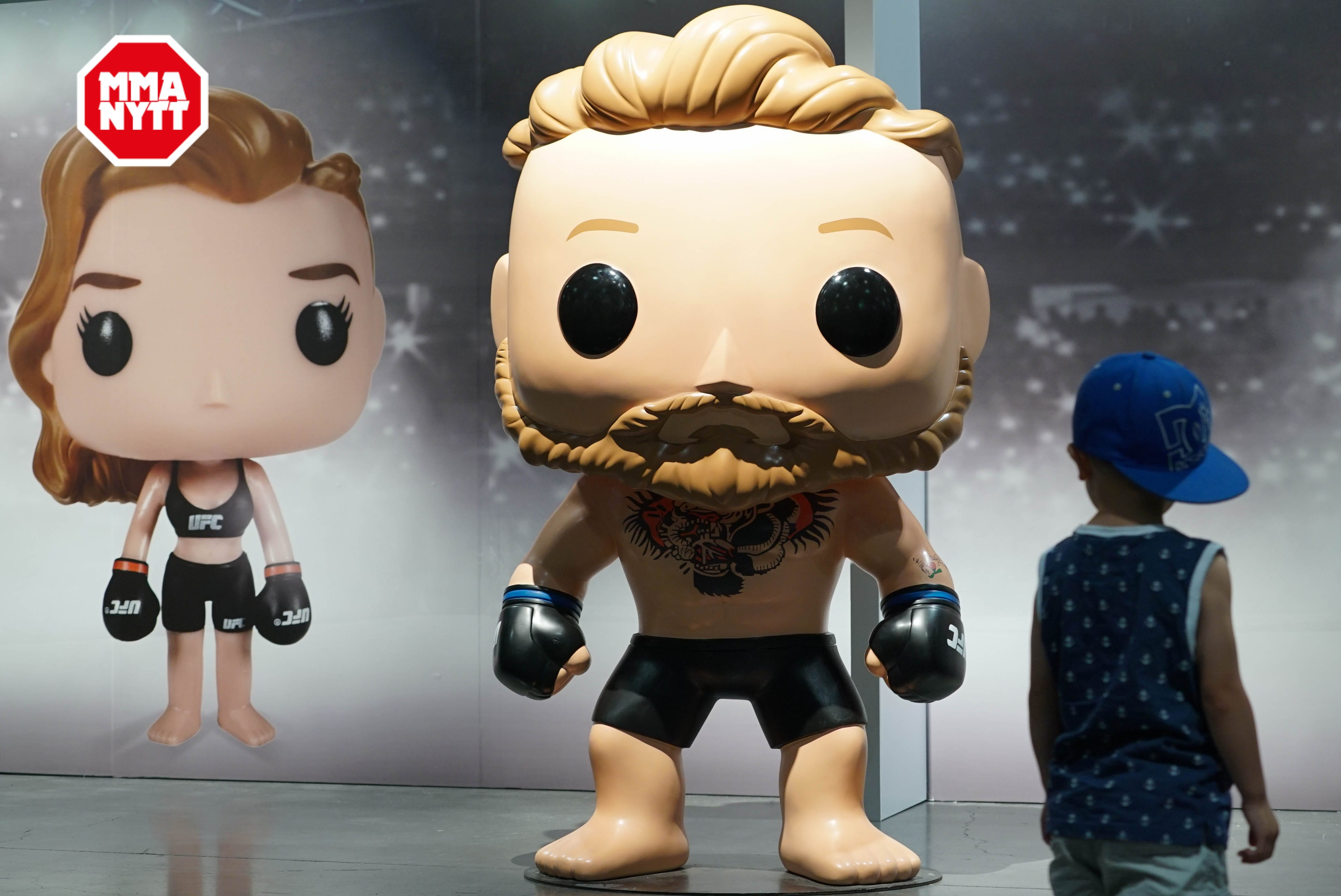 UFC 200 Las Vegas 2016-07-09 Conor McGregor Doll photo MMAnytt.se Vince Cachero (32 of 98)