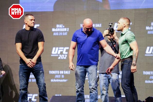 Video: UFC 202 Embedded: Första avsnittet
