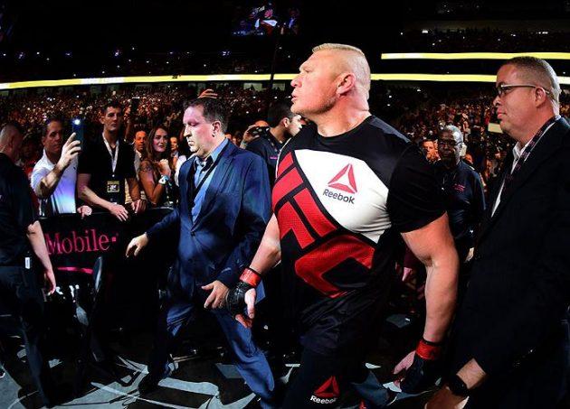 Kvällssvepet XL: Brock Lesnar förbereder ett försvar, testar sina tillskottsprodukter