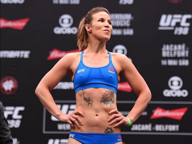 Kvällssvepet: Leslie Smiths tumör täcks inte av UFCs sjukvårdsförsäkring