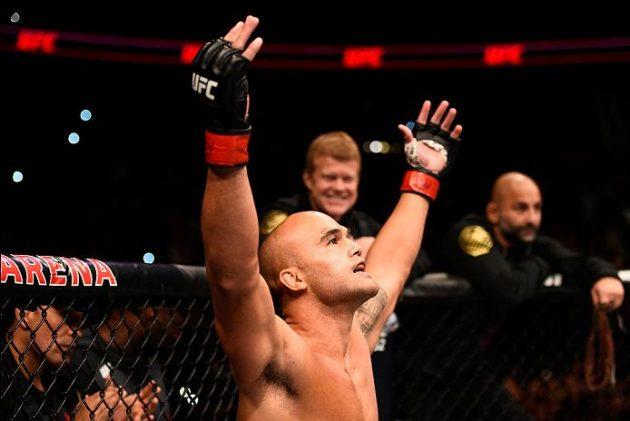 Uppgifter: Nick Diaz vs. Robbie Lawler 2 i görningen inför UFC 209