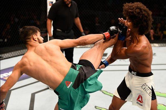 Twitter-reaktioner på kvällens huvudmatch under UFC Fight Night 92