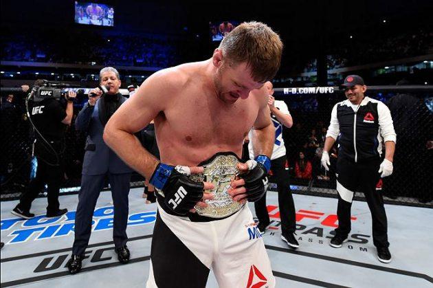 Miocic lyckades försvara titeln med ännu en knockout i den första ronden. Foto: Josh Hedges/Zuffa LLC/Zuffa LLC via Getty Images