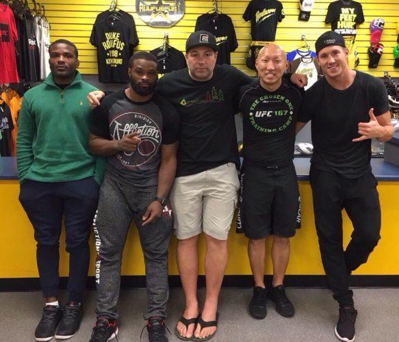 Uppgifter: Chris Spång kommer vara en del av Tyron Woodleys hörna på UFC 205
