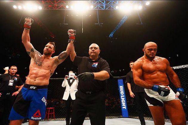 """Ryan Baders knock av Ilir Latifi vinner """"KO of the Month"""""""